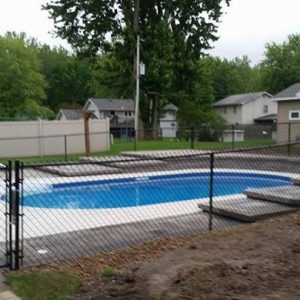 pool-fenced-in